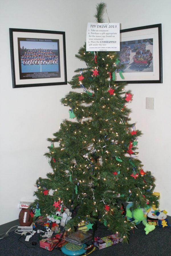 Toy Drive tree located in the UHS office.