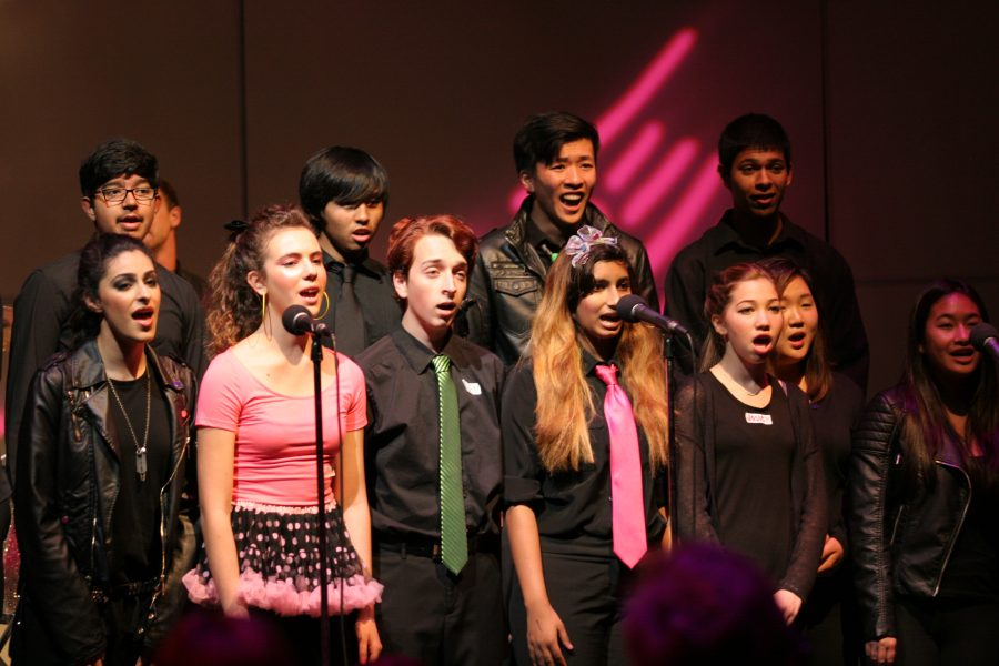 UHS Footnotes performing at Cabaret night.