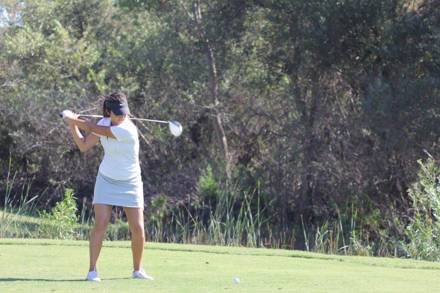 Girls+Golf+loses+to+Beckman+195-188