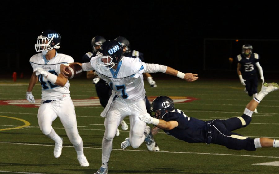 Football+wins+over+Calvary+Chapel+30-14+and+remains+undefeated+3-0%2C+best+season+since+%E2%80%9807