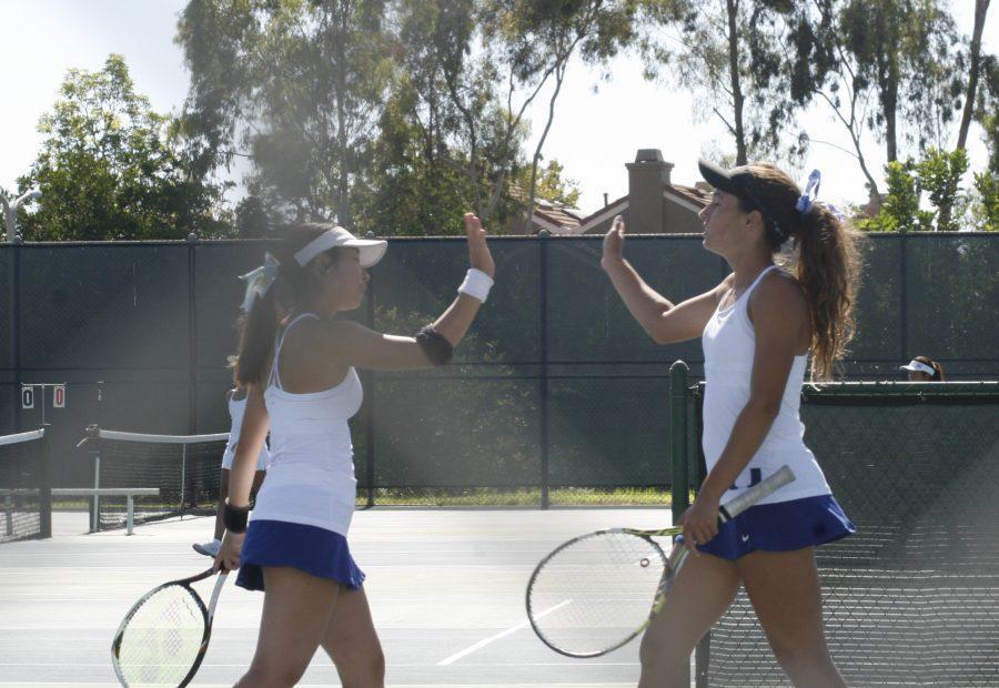 Girls Tennis serves Fountain Valley 13-5 to continue winning streak