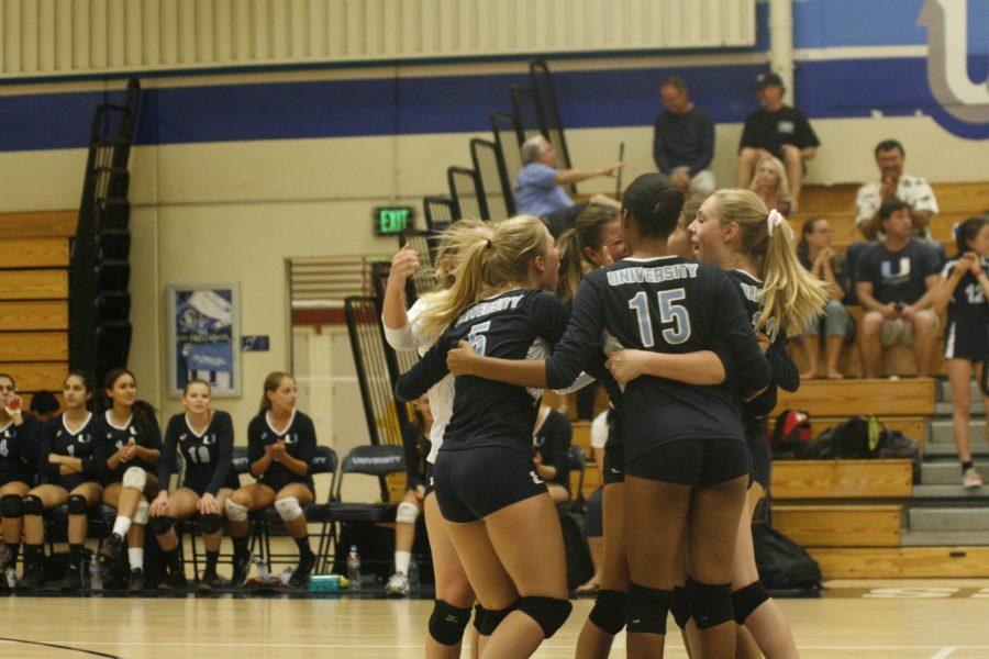 Girls Volleyball falls to Northwood 0-3 but defeats Irvine 3-0, breaking losing streak