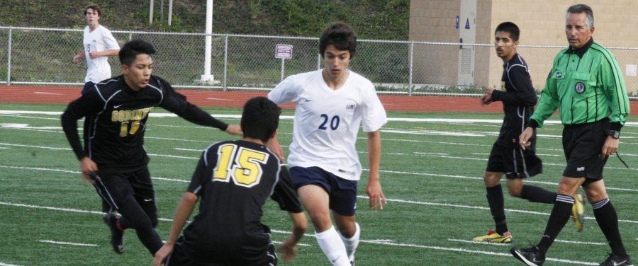 Boys soccer falls to Godinez 0-1