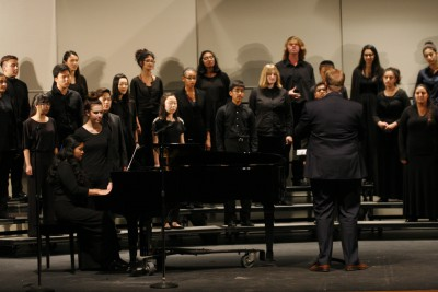 UHS Choir closes year with Pops Concert