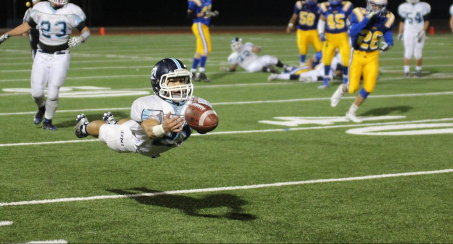 Running back Matt Abellaneda (Sr.) nearly hauls in a pass from Neil Boudreau (Sr.) on VHS's 35-yard line.