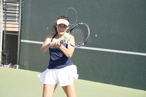 Girls TennisDefeats Fountain Valley 13-5
