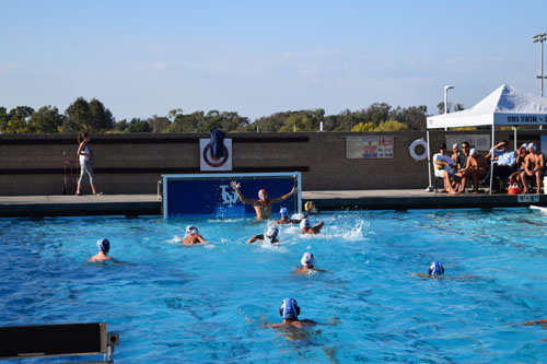 Boys Water Polo Narrowly Defeats Beckman in Close Game