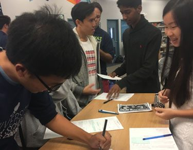 High School Democrats and Youth Action Team host voter registration drive