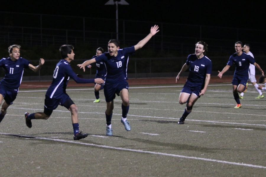 Boys Soccer advances to quarterfinals after defeating Tahquitz 2-1