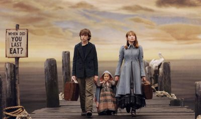 A Series of Unfortunate Events TV Show poster featuring Violet (Melina Weissman), Klaus (Louis Hynes), and Sunny (Presley Smith) Baudelaire (Google).