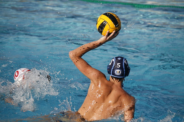 Boys Water Polo barely loses to Woodbridge in GOW