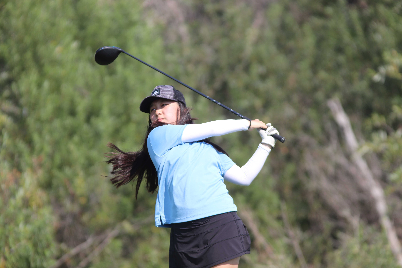Girls Golf vs Tesoro 2.jpg